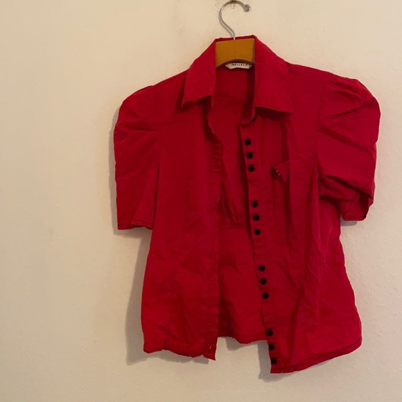 MUJIA RED BUTTON DOWN SHIRT SIZE SMALL